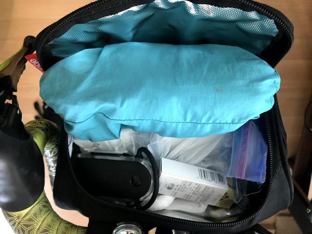 【女性必見】このバッグさえあれば、低身長ローディでもリュックを背負わずに一泊二日のお泊まりライドが可能!153cmの女性ローディPちゃんが愛用しているバッグ2選