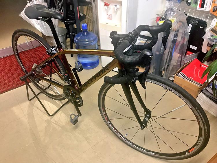 前澤理論で注文したカーボンのロードバイクが遂にやってきました!〜アンカーRL8W〜カラーオーダーでコンポも拘った女性ローディは私です。
