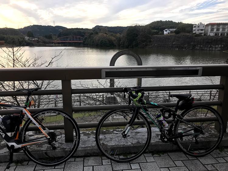 豪華メンバーで鹿野山〜千葉房総ライドしてきました☆無事亀山湖(亀山ダム)に到着!