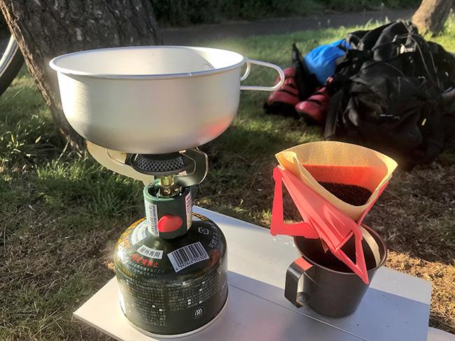 低身長女性ローディがキャンプ道具一式をロードバイクに積んでデイキャンプしてきました。〜全てがとにかく軽くてコンパクト!購入したキャンプ道具の使用レビュー〜コーヒーを外でも美味しく飲もう!