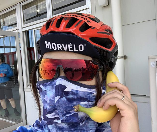 【四コマ漫画】サイクリングヘルメットのOGK KABUTOのKOOFUからFLAIRにチェンジ!!使用感レビュー☆
