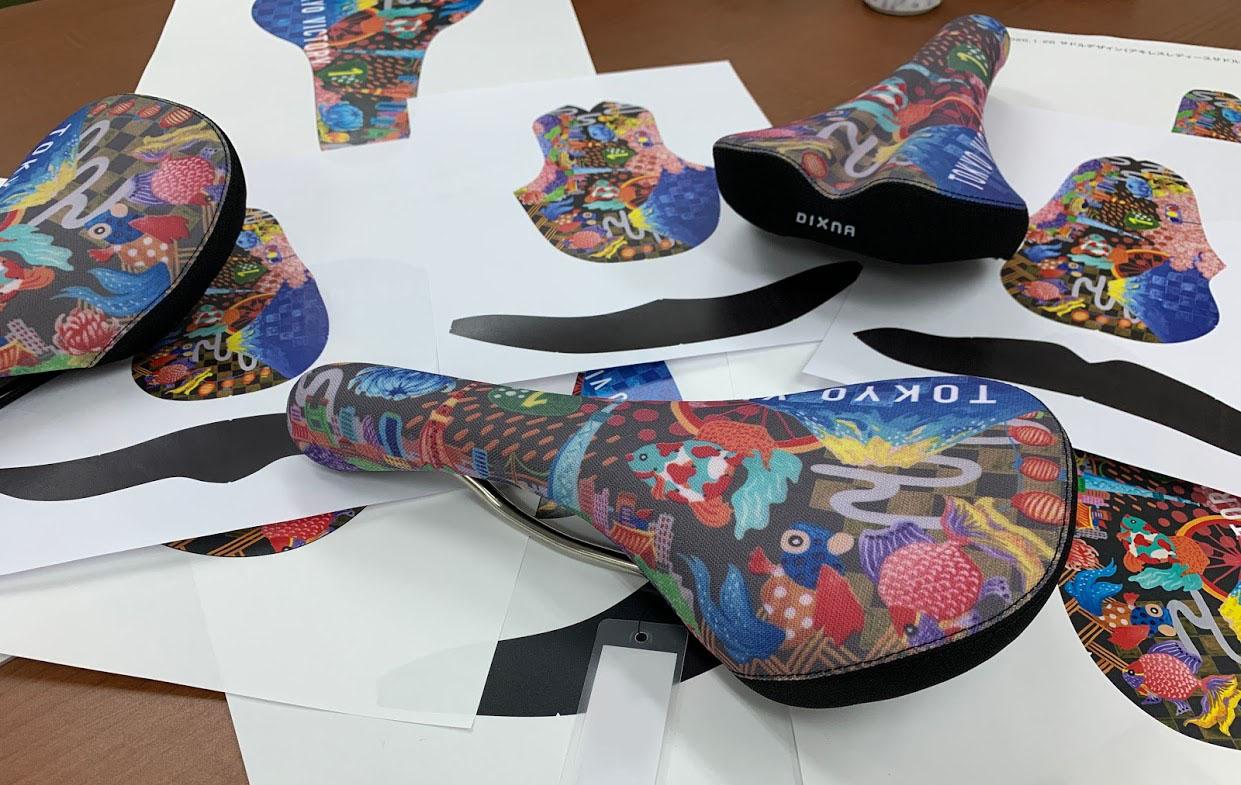 【発表】東京サンエス×Pちゃんコラボ!アートなサドル『TOKYO VICTORY』を販売します