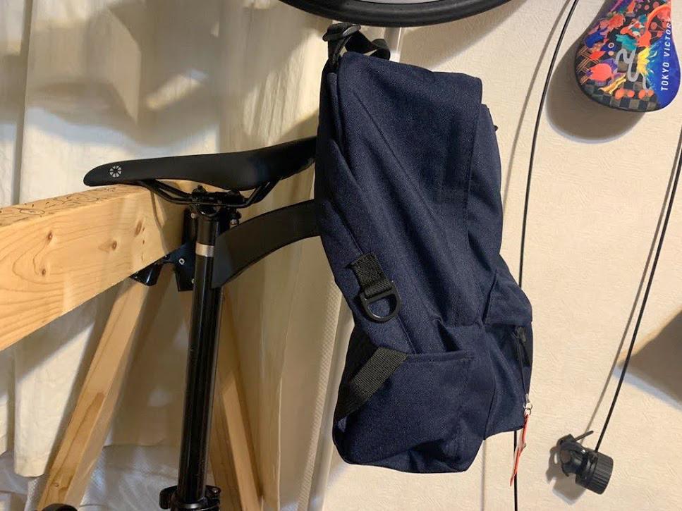 普段使ってるバッグを自転車につけられる!簡単にリクセンカウル化できるクリックフィックス アダプタープレートの取り付け方